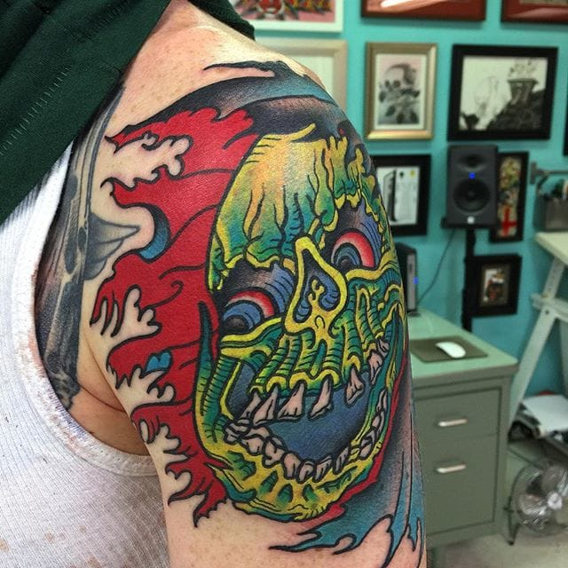 Vibrant tattoo by Isaiah Toothtaker. Photo from @toothtaker