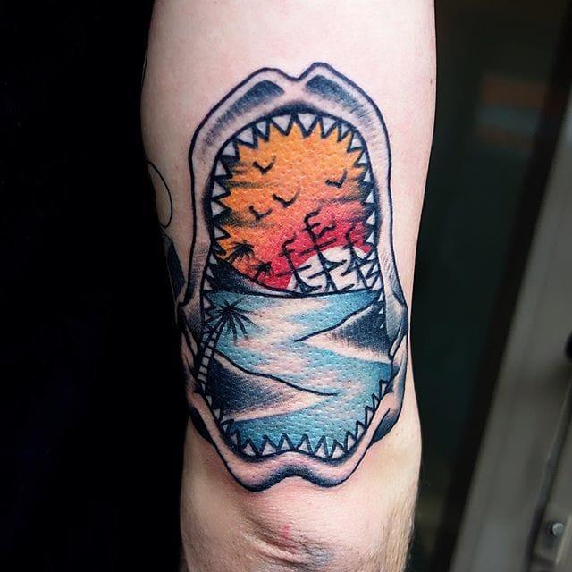 Shark Jaws Tattoo by Mors Tattoo #shark #sharkjaw #traditional #morstattoo