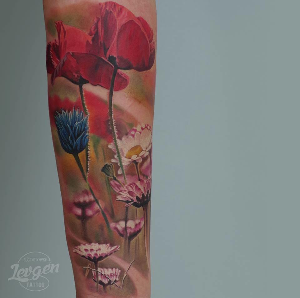 Realistic flower tattoo #flowertattoo #realistictattoos #Levgen #EugeneKnysh