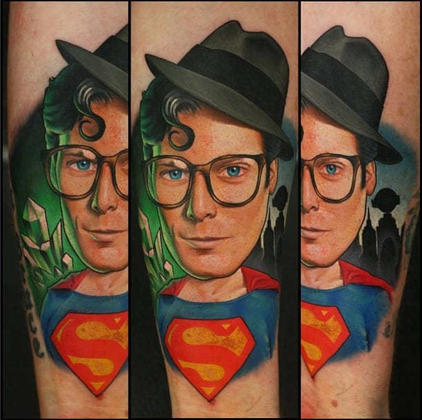 Clark Kent, I think that is not the correct clothes for work... made by John Anderton.