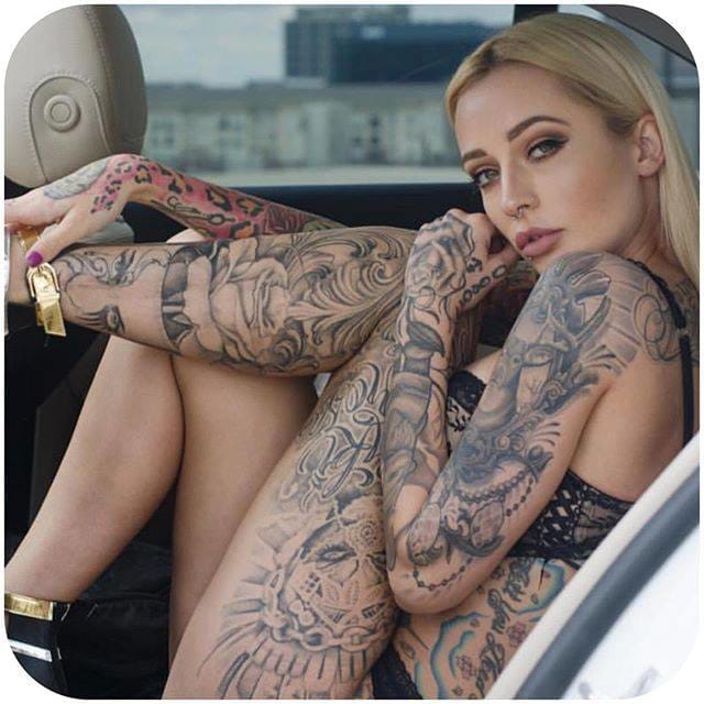 #TattoodoBabes #BrittanyHetzer (@b_squared)