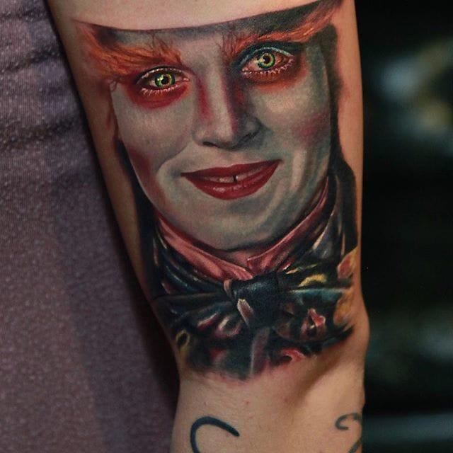 The Mad Hatter portrait tattoo (@richiebon) #RichPineda