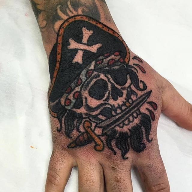 8 Daring Pirate Skull Tattoos