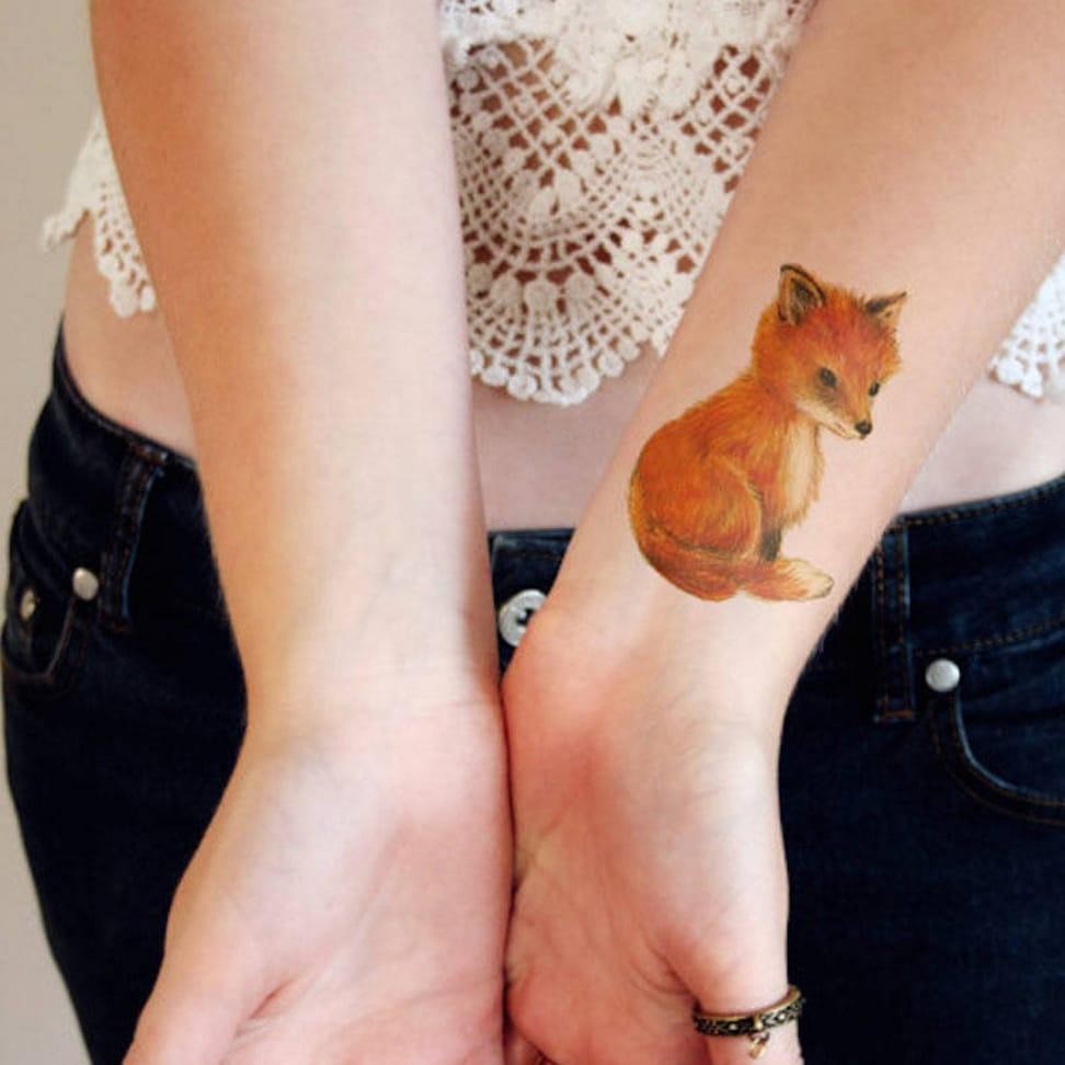 via Tattoorary  #temporarytattoo #fox