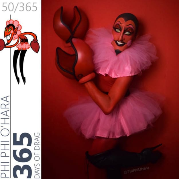 Drag Queen Turns Herself Into Cartoon Characters Straight From The 90s