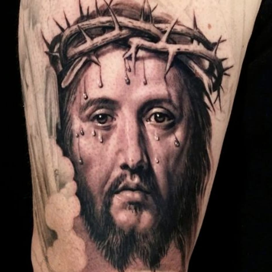 Crying Jesus realism tattoo by Sergio Sanchez #sergiosanchez #realism #portrait #Jesus