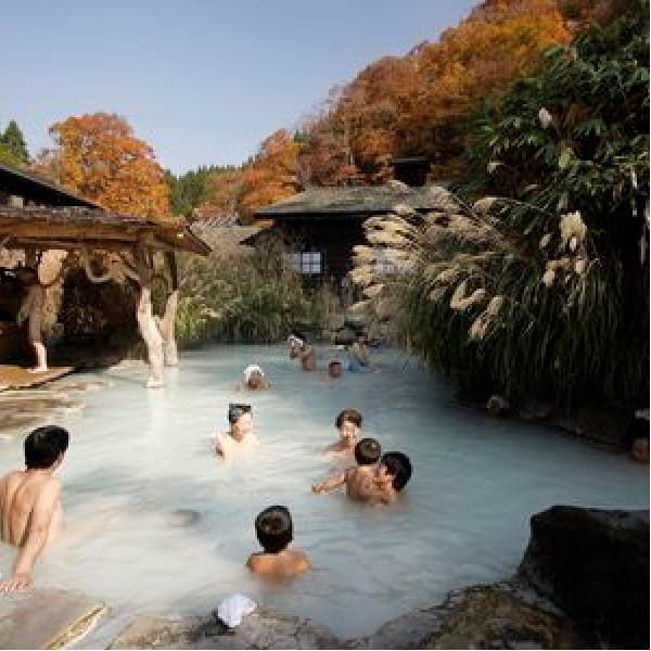 """Japanese Tourism Board Requests Change To """"No Tattoos"""" Bath Policy"""