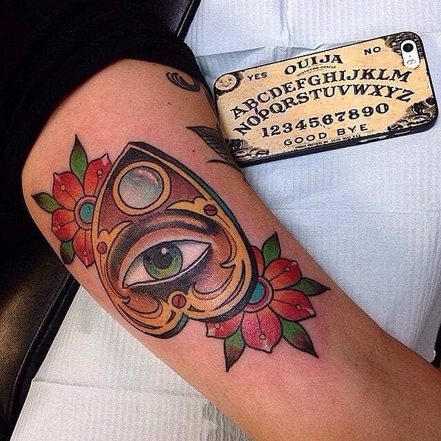 Neo trad work by Mario G.