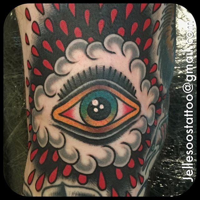 10 All-Seeing Traditional Eye Tattoos!