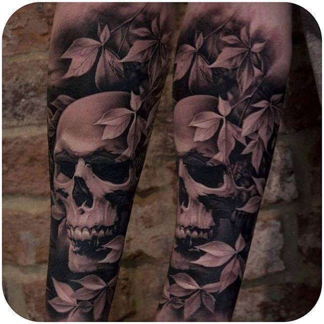 "Beautiful ""Negative"" Skull Sleeve by Bacanu Bogdan. (Instagram:@bacanubogdan) #skull #sleeve #blackandgrey #bacanubogdan"
