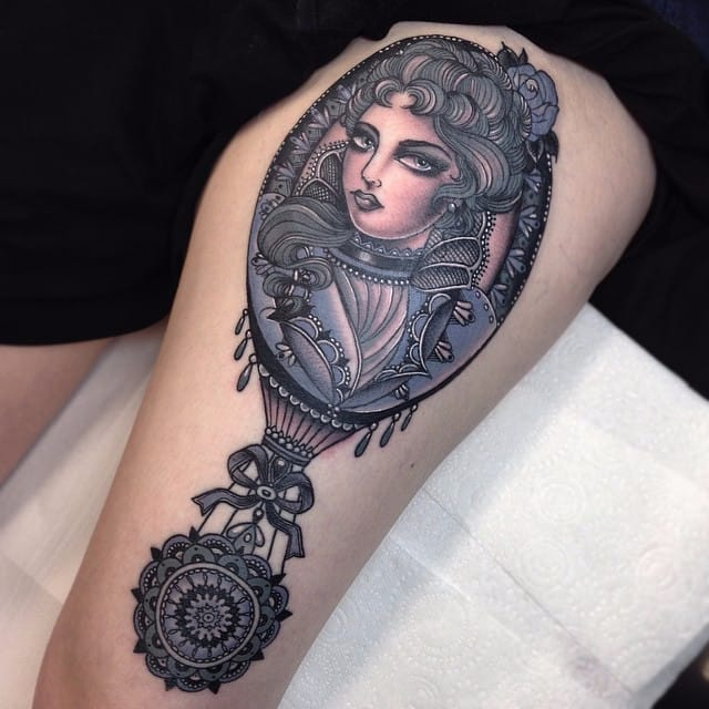 #ornate #blackandgrey #ladyhead #flonuttall