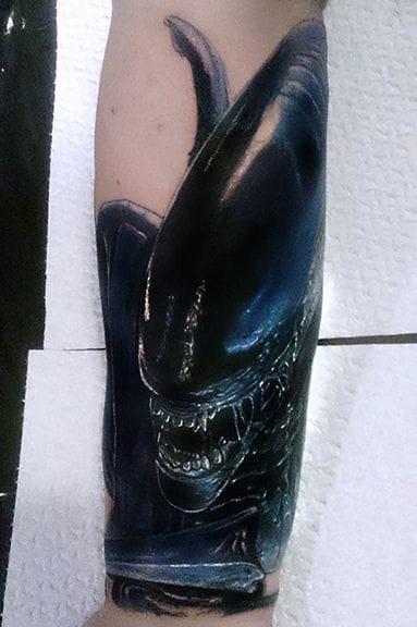 Daaaamn that's scary! Tattoo by Rob Bates