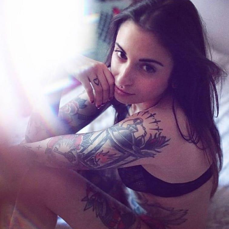 (@marylean_dean) #tattoodobabe #babe #tattoo #girl