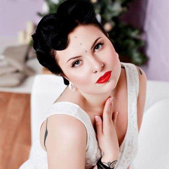 Portrait of Yanina Viland #YaninaViland #russia #ukrainianartist #tattooartist