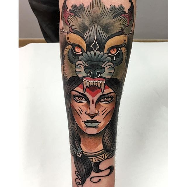 10 Bold Neo-Traditional Animal Cowl Tattoos