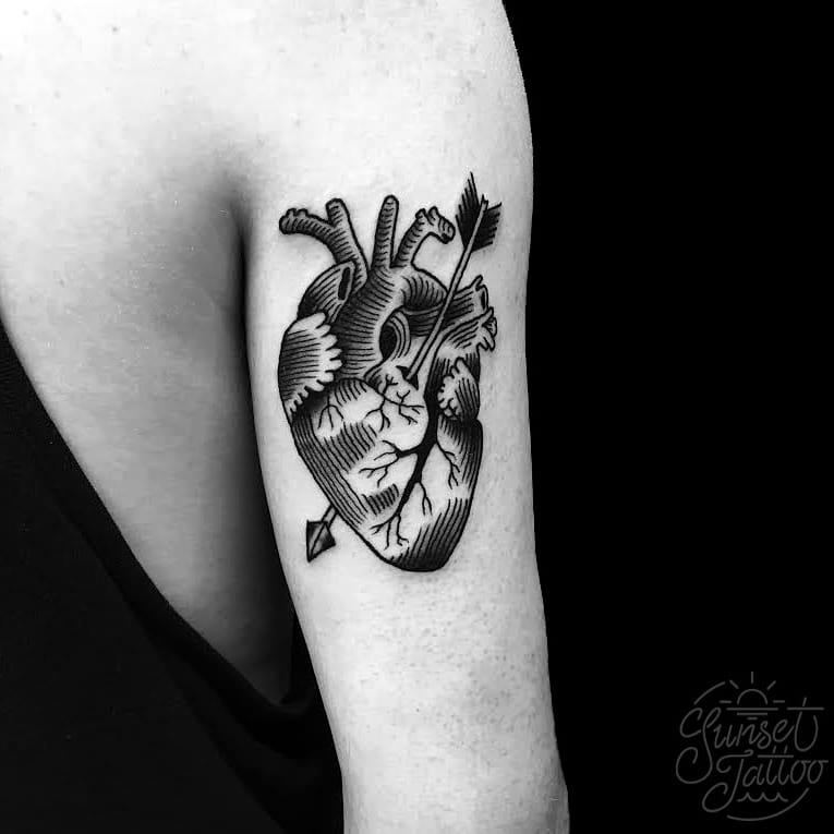 10 Lovely Linework Heart Tattoos