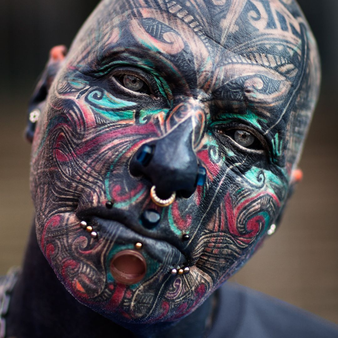 10 Extreme Eyeball Tattoos