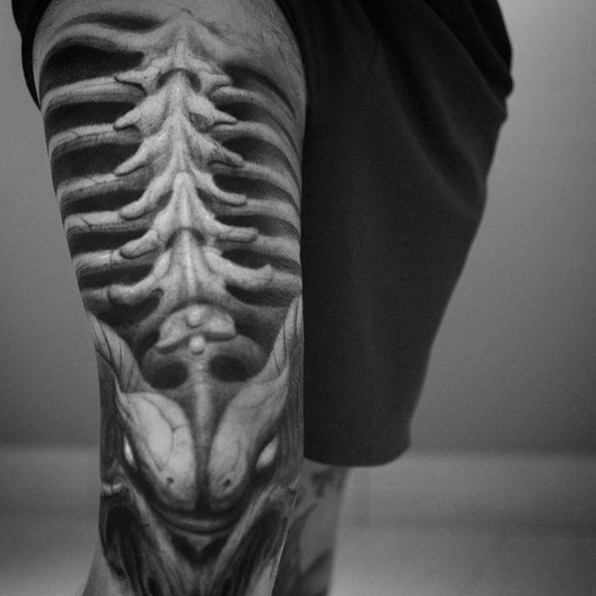 By Darwin Enriquez  #darwinenriquez #blackandgrey #sleeve #bones #skeleton #realism #realistic via @darwinenriquez