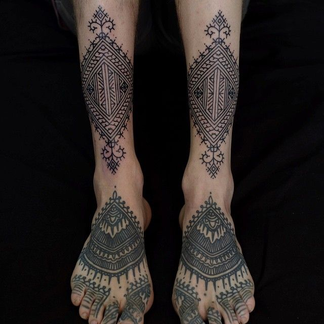 15 Bold And Bizarre Linework Tattoos By Victor Webster