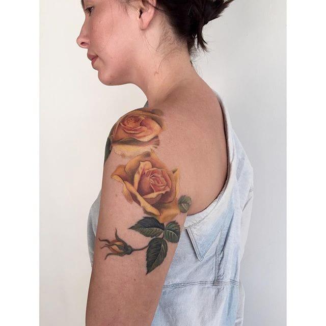Amanda Wachob's Beautiful Flower Tattoos