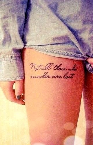 The way the script is 'light and easy' creates a complimentary feminine feel of this and other thigh tattoos. Artist unknown #lettering #thigh #thightattoo #script #light #easy #beautiful