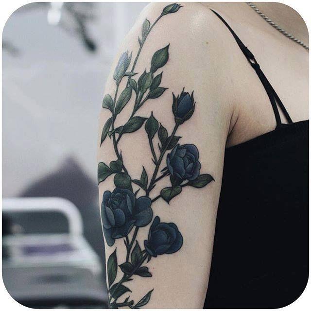 By Olga Nekrasova via @fflowerporn #floral #roses #botanical #flowers #OlgaNekrasova