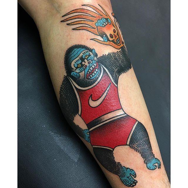 via @toothtaker #toothtaker #bold #traditional #bright #nike #monkey #skull