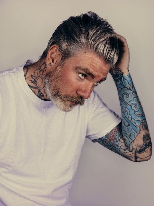 MmmmHmmmm.....Tattooed gentleman