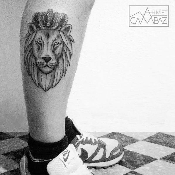 Blackwork king lion tattoo #AhmetCambaz #blackwork #lion #king #wildlife #animal