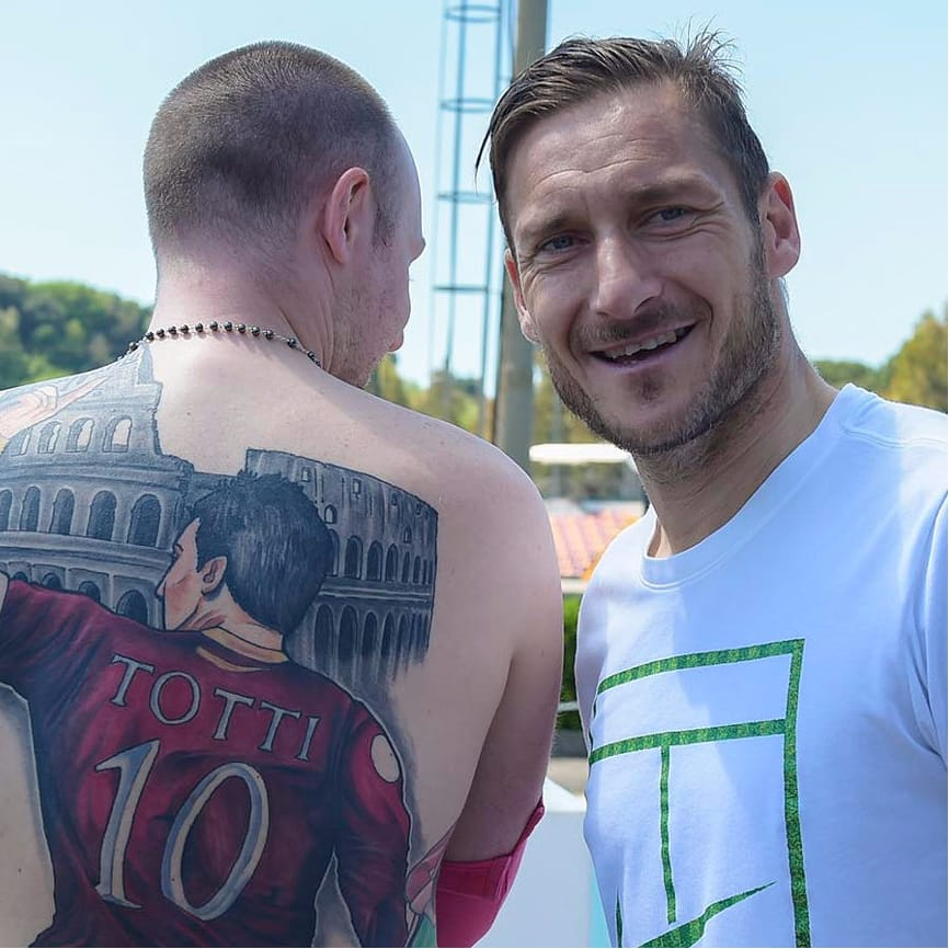AS Roma Fan Honors Footballer Francesco Totti With MASSIVE Tattoo