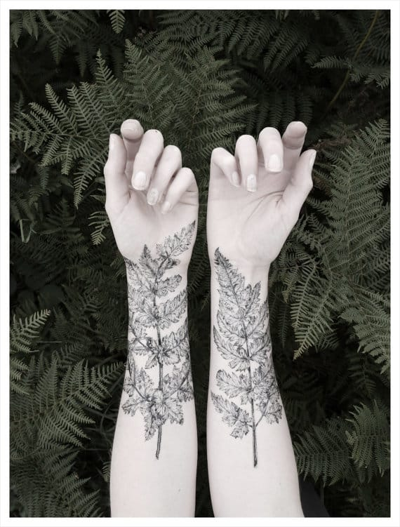 A temporary Tattoo by VictoriasAviary on Etsy, but a huge inspiration for a real tattoo!