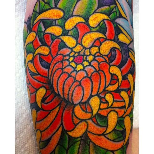 13 Colorful Chrysanthemum Tattoos