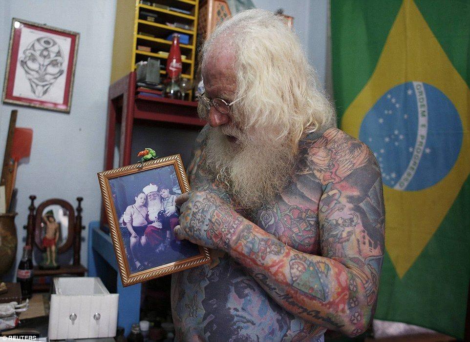 Vitor Martins, Santa Claus, Santa Claus family