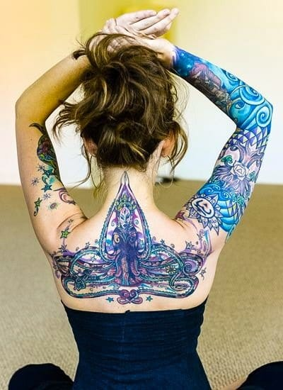 Color definitely makes a statement.Girls with tattoos are a wonderful thing.