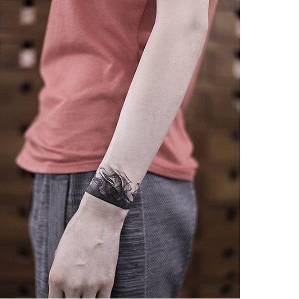The Smoky Blackwork Tattoos Of Roman Melnikov