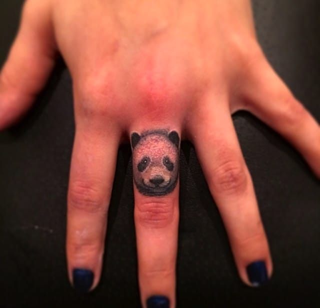 Jon Mesa did this panda that's so good you want to pet it.