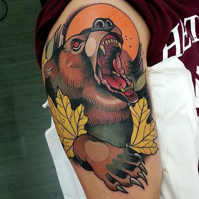11 Supberb Neo Traditional Bear Tattoos