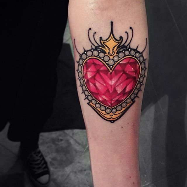Colorful & Feminine Tattoo Inspiration For Lovers Of Neo-Traditional