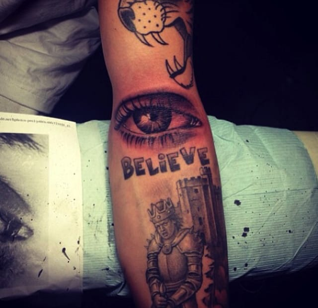 Leter, Bieber had Bang Bang tattoo a realistic eye.