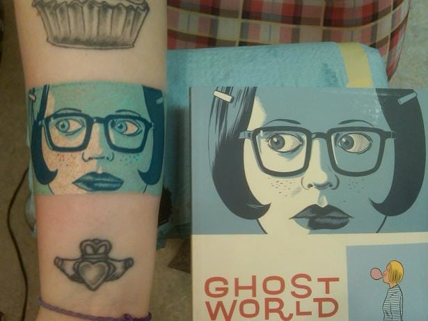The tattoo and the original : the Ghost World cover tattooed by Stephen aka Truth_is_absolution on Deviantart.