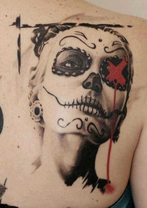 A la Catrina, a girl with a Day of the dead make-up, by Balazs Revai (Austria) with discreet Trash Polka references