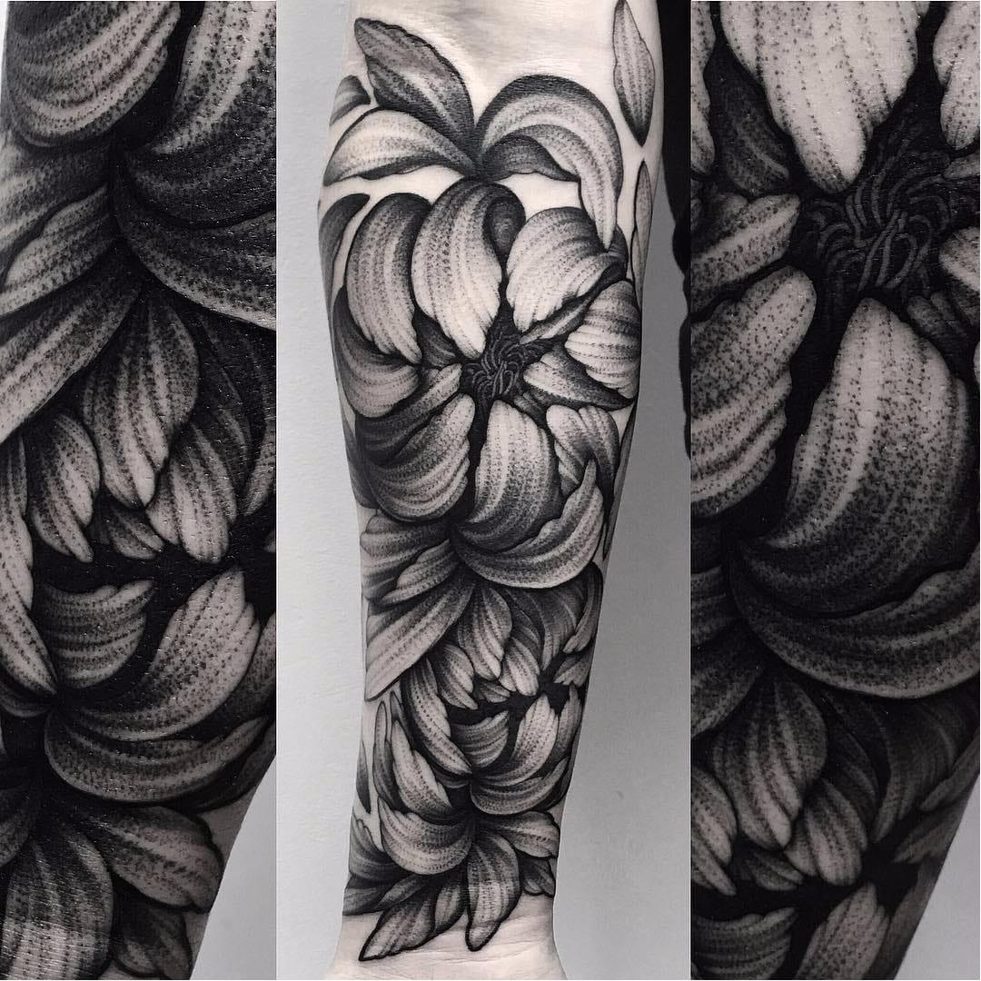 15 Tatuagens De Peônias e Seus Significados Para Te Inspirar