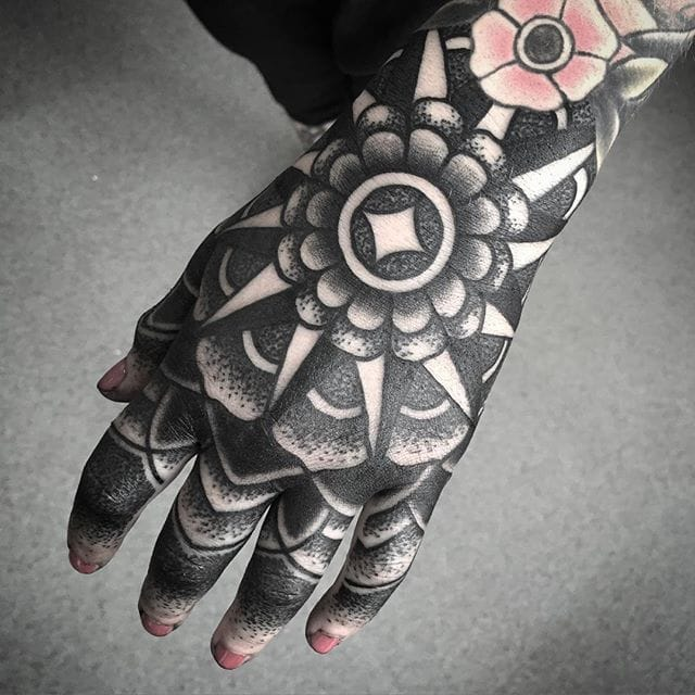 10 Insane Blackwork Hand Tattoos