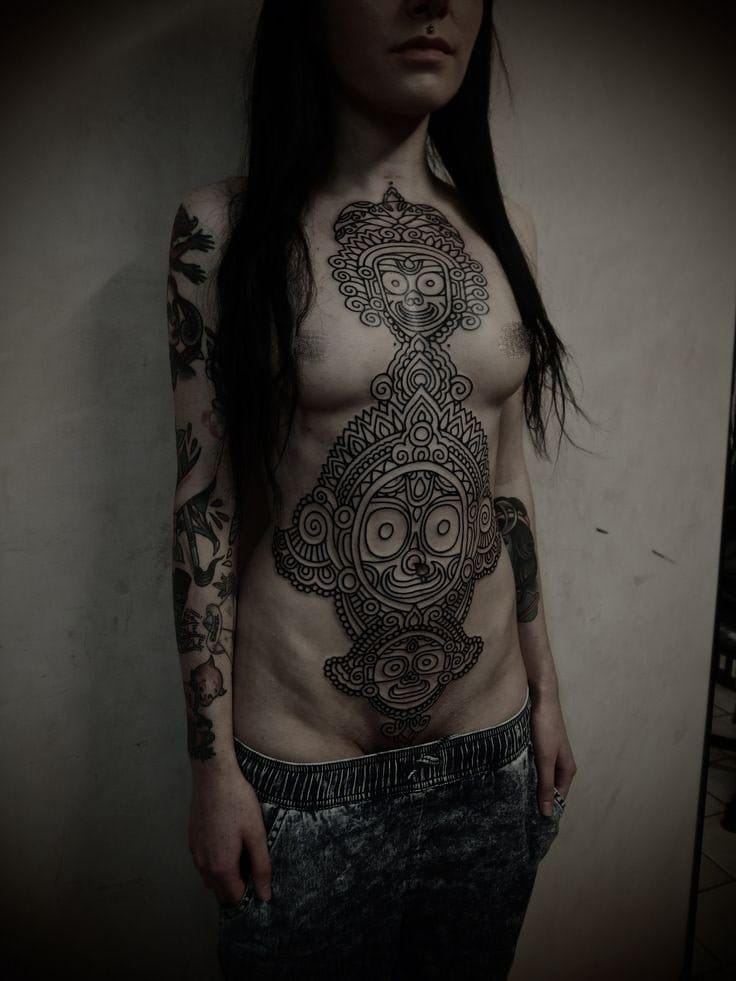 The breath-taking linework of Guy le tattoer, must have been painful but wow! #aztec #aztectattoo #GuyLeTatooer #linework #aztec #aztectattoo