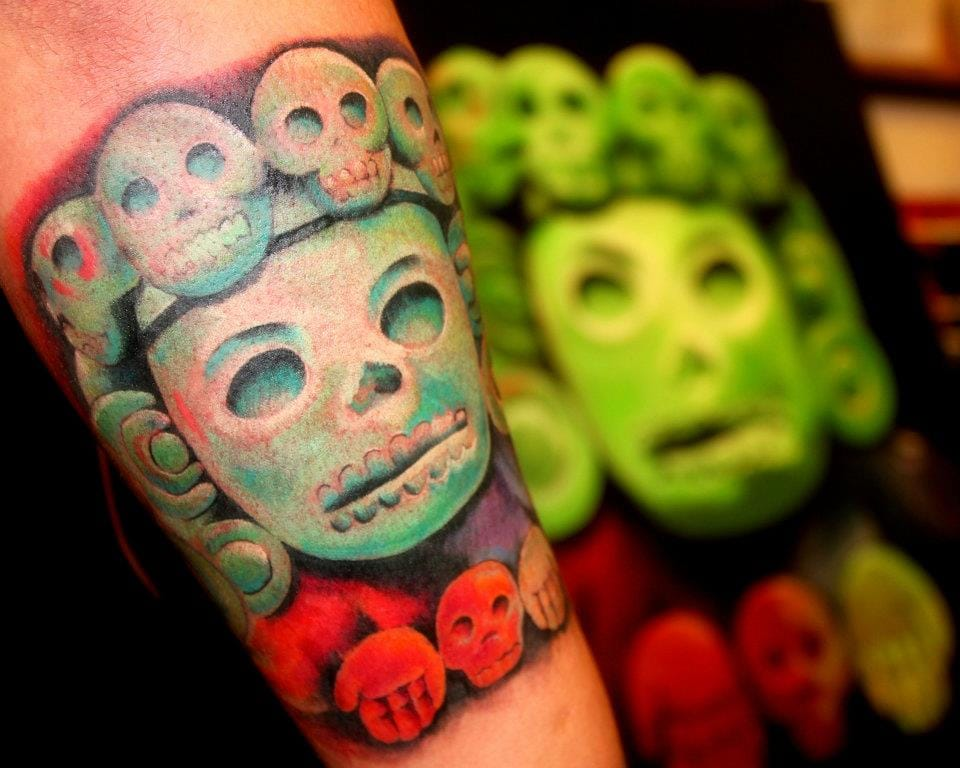 Love the colors and style of this tattoo by Jaimie Vi. #aztec #aztectattoo #jaimievi