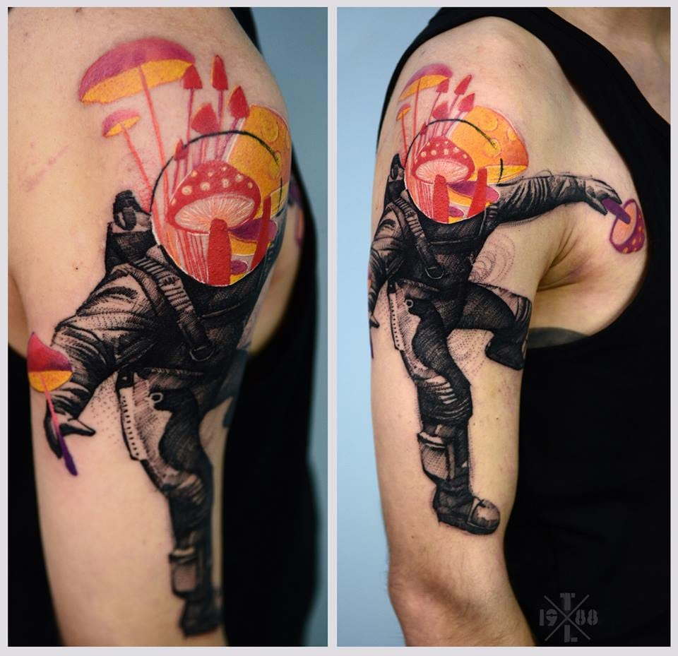 A trippy astronaut tattoo!