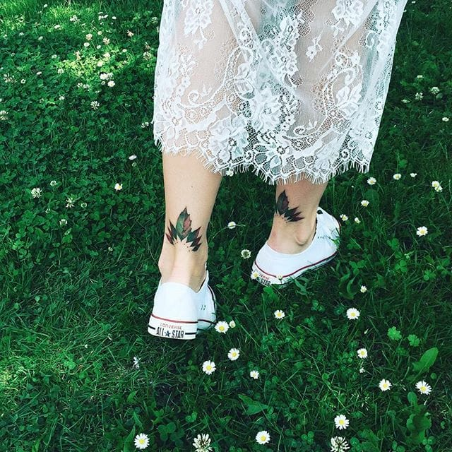 Pis Saro's 12 Gorgeous Floral Tattoo Placement Ideas For Women