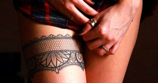 15 Exquisite Lace Garter Tattoos