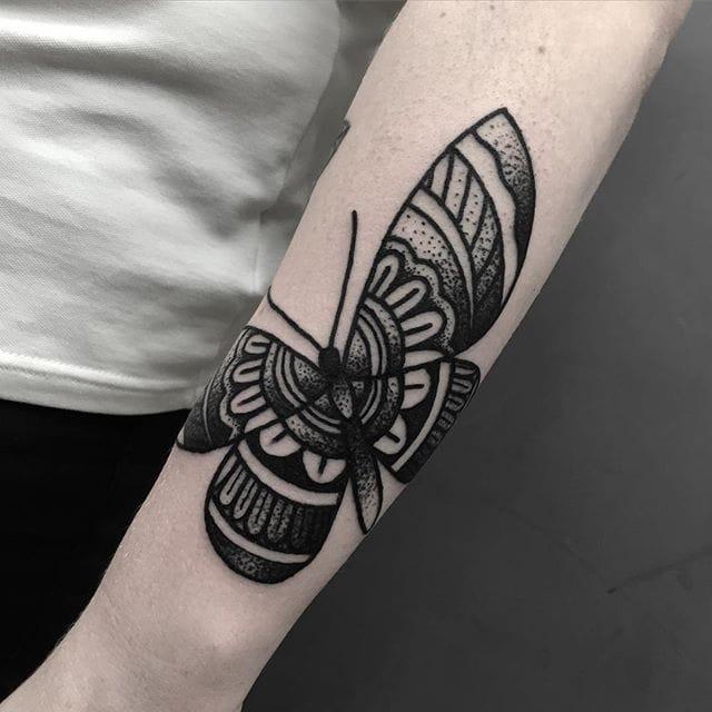 Butterfly Tattoo by Blakey Tattooer #butterfly #butterflytattoo #blackworkbutterfly #blackwork #blackworktattoo #blackworktattoos #traditionalblackwork #traditionalblackworktattoo #traditional #BlakeyTattooer