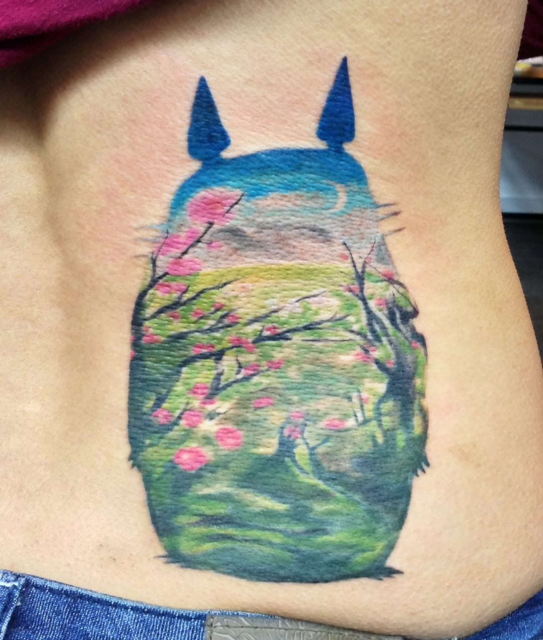 But if you are more courageous (and dedicated), here is the real tattoo version by Allie Sider.